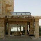 فندق ومنتجع وارويك وادي الشتاء