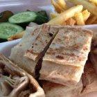 مطعم وملحمة السفراء