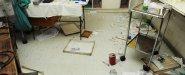 مكتب الدكتور غير نظيف والدكتور كان سيء