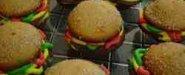 حلو البرچر بعجينة الكيك الاسفنجي... السعر= ربع دينار/ حبة
