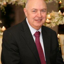 Dr. Fawzi Elayan