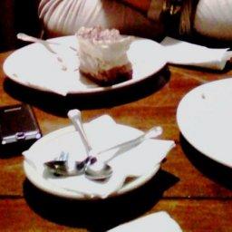 Oreo Cheesecake and tiramisu cheesecake with american coffee