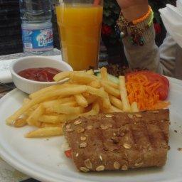 Grilled Halloumi Sandwich