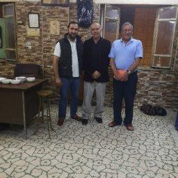 مع الاخ محمد ابو طه، من الجيل الثالث لمالكي قهوة كوكب الشرق