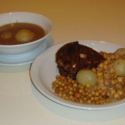 مفتول Maftool (a couscous type dish w/ a chick pea & onion sauce)