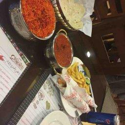 شاورما مع ارز ماسالا ومرقه جاج سبايسي