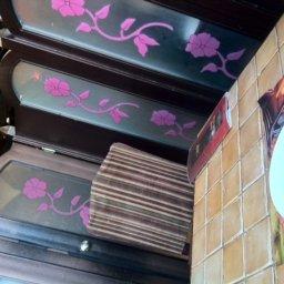 صورة ( غرف الجلوس ) في داخل المطعم