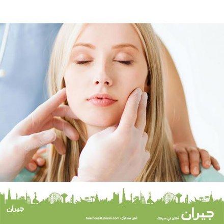 نعالج مشاكل الحنجرة بأفضل التقنيات في عيادة الدكتور حسن القواسمي، عمان - الأردن