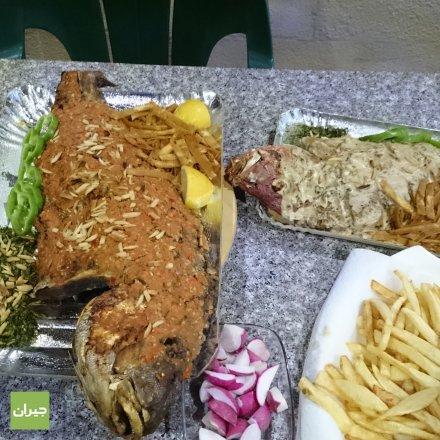 مطعم المأكولات البحريه